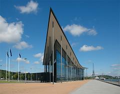Hasselblad house (hkkbs) Tags: camera glass architecture göteborg geotagged factory nikond70 sweden fabrik gothenburg hasselblad 100views 400views 300views 200views sverige 500views glas kamera 800views 600views 700views 1000views 900views sigma1850mmf3556dc hasselblads