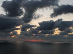 Ilunabarra II // Sunset II (mantangorriman) Tags: sunset sea water mantangoriman mel zb