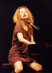 Tori Amos (krissikes) Tags: music rock hall inn tour ar little 1996 piano center drop dew rocker kris arkansas concerts toriamos tori amos pianists robinson sikes krissikes