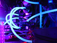 Hosing (thowi) Tags: blue purple uv lianli pc hose watercooling casemodding aquacomputer pur schlauch cuplex computer modding mod