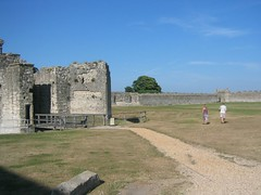 img_0004 (psike) Tags: portchester castle uk