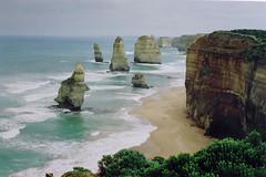 IMGP0540 (flagondry) Tags: australia pc3269 vic victoria breathtakingscenery 12apostles portcampbell greatoceanroad twelveapostles