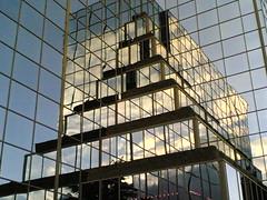 10082005(001).jpg (robinhamman) Tags: cameraphone architecture buildings mms nokia6630 stalbans modernity