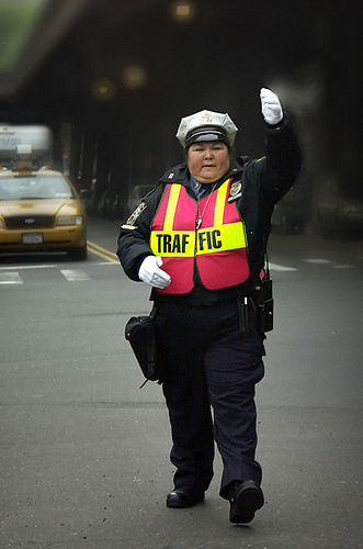 The Traffic Girls of New York City & Pyongyang  - a comparison 33368446_a13c0f2450