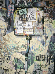 pudel klo 01 (spanier) Tags: club golden tag hamburg stickers toilet wc klo smallville klub pudel goldenpudelklub goldenpudelclub