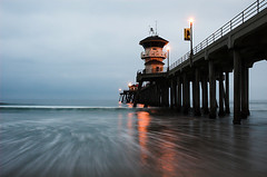 Pier at sunrise (fd) Tags: ocean california beach sunrise pier pacific 1870mmf3545g huntingtonbeach lightproofboxcom