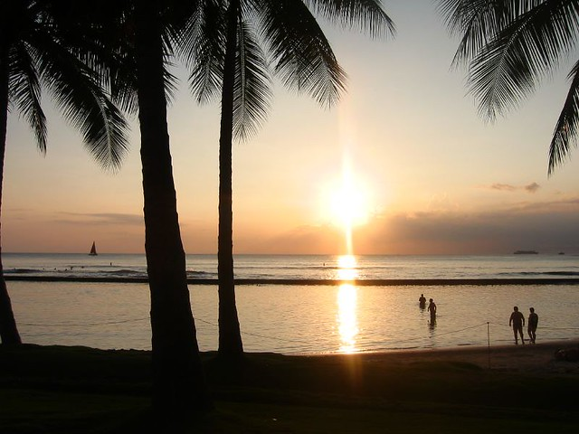 Hawaiian Sunset by Caroline on Crack