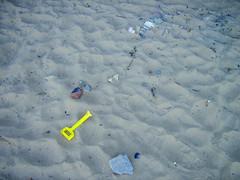 23 (claxxon) Tags: beach spade wales