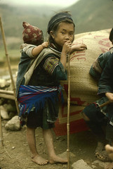 resting (birdcage) Tags: vietnam walkingstick tired mostinteresting ektachrome sapa hmong bigsister nikkormat ricebags nikonft