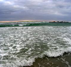 Bloubergstrand (Lollie-Pop) Tags: zuidafrika waves suidafrika sudafrica southafrica see sea rotse rocks robbeneiland ocean kaapstad cittdelcapo capetown branders afriquedusud afrika africa