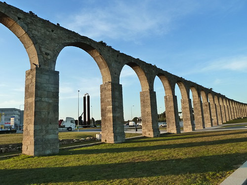 Vila do Conde - Santa Clara 17th century aqueduct