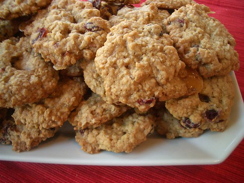 oatmeal cookies with craisins & toffee