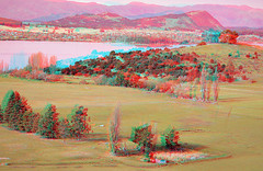Lake Wanaka and Mt Iron in 3D. Half colour hyperstereoscopic anaglyph