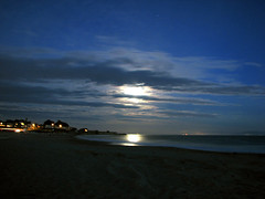 Moonlight, Tail Light (sgrace) Tags: ocean california santacruz moon beach water night coast harbor pacific tripod twinlakes msh1209 msh120917
