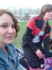 Anna och Kakan (jesuisiriis) Tags: mys parken