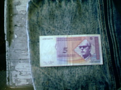 Bosnian money face side (Yakima_gulag) Tags: money