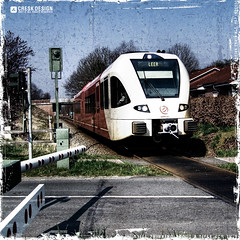 Train Art 101 (Gert van Duinen) Tags: train germany 100v v100 leer digitalart railway 100views topf15 topv100 emsland arriva f15 15f dutchartist 1015faves diamondclassphotographer flickrdiamond gertvanduinen