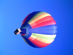 IMAG0230 (yxxxx2003) Tags: new blue red hot green air baloon ballon balloon milton keynes mk yello 2007 balon olney hotairballon yxxxx
