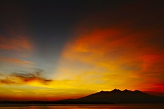 Lombok_259_04-05-07 (Kelly Cheng) Tags: sea mountain sunrise indonesia getty gili lombok trawangan rinjani pickbykc