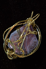IMG_7060.CR2 (Abraxas3d) Tags: stone wire jean wrap jewelry