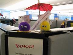 Yahoo Cube Tchotchkes