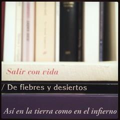 HAIKU DE ESTANTERÍA XLIII (juanluisgx) Tags: leon spain libro book haiku titulo title biblioteca library poema poem poetry poesia estanteria