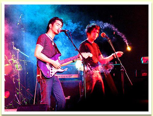 Sparkling Concert - Japs with Sparklers - Rivermaya