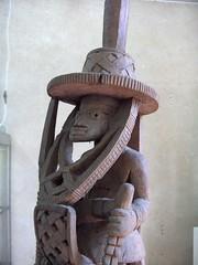 Cavaliers africains 001 (Guillaume Cingal) Tags: africa wood horses sculpture art mali tours bois chevaux cameroun afrique cavaliers touraine baoul