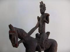 Cavaliers africains 005 (Guillaume Cingal) Tags: africa wood horses sculpture art mali tours bois chevaux cameroun afrique cavaliers touraine baoul