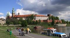 Wzgórze Wawelskie - widok od strony bulwarów wiślanych
