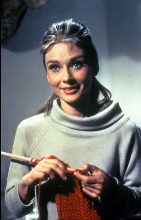 audrey_knitting