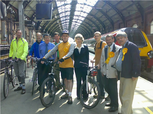 Darlington Cycling Campaign: Bikes on Trains