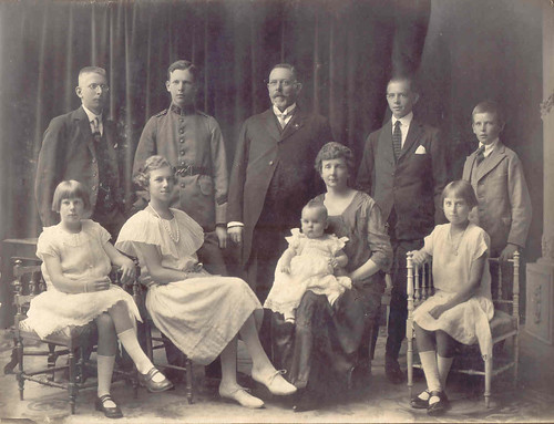 ULRIKSEN BECKER family