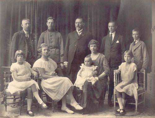 ULRIKSEN BECKER family