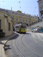 Tram (Calada Nova de So Francisco - Lisbon) (scalleja) Tags: portugal sergio geotagged lisboa lisbon 2007 keko calleja freixes scalleja geo:lat=38708361 geo:lon=9139702
