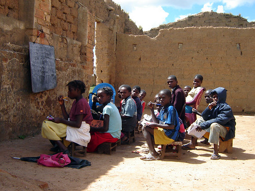 Class por Living in Kuito.