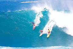 Eddie Aikau Big Wave Invitational Surf Competition (colleeninhawaii) Tags: ocean beach hawaii sand oahu surfer wave competition surfing professional northshore longboard spectators waimeabay bigwave eddieaikau