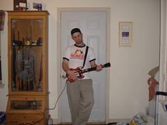 play guitars