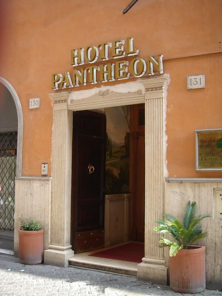 Hotel Pantheon Rome