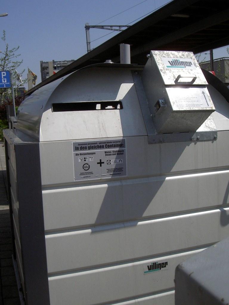 Swiss style recycling centre - Kleinteile Alu und Metal