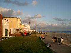 Boardwalk on Norderney #1 (palestrina55) Tags: 2005 beach germany geotagged island deutschland waterfront norderney northsea boardwalk nordsee colorphotoaward palestrina55 geo:lat=53703414 geo:lon=7140555