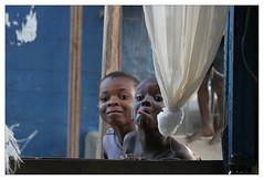 SansTitre1 (Clement Guillaume) Tags: africa portrait westafrica enfant langue ctedivoire afrique ivorycoast abidjan garcon elfenbeinkste afriquedelouest cotedivoireivoirycoast