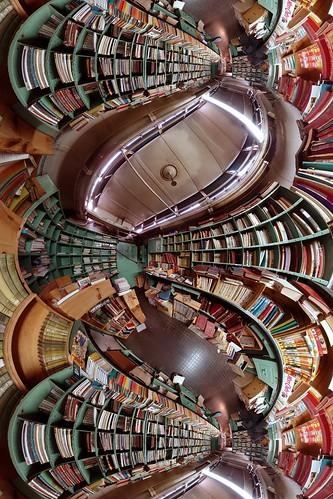 Le divertissement dans et au travers des livres...