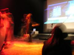 YouTube battle !!! (Calire) Tags: palaisdetokyo splitscreen youtube