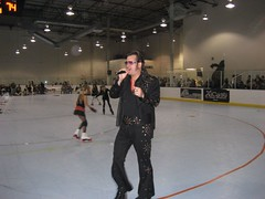 During the breaks, we were entertained by an Elvis impersonator. (03/17/07)