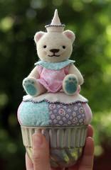 Calliope (nimbleknot) Tags: bear anime wool cupcake teddybear pincushion needlecraft needlefelt