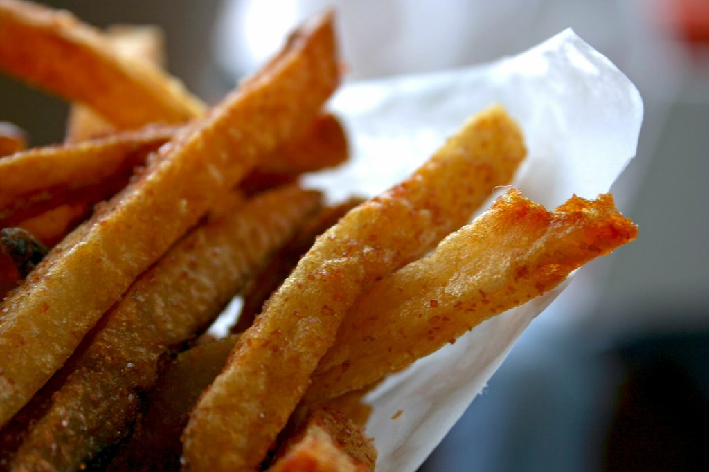 Close up of the pommes frites