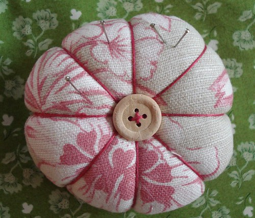 button swap pincushion