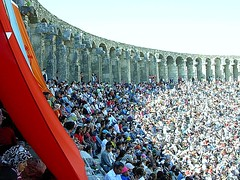 Apsendos April 23, 2007 Children's festival in Antalya / Turkey (canmom ( Carrie )) Tags: old city turkey ancient nikon ruins l1 türkiye turkiye antalya coolpix olympos turchia fotoğraf olimpos cirali çıralı kaleiçi fotoğrafkıraathanesi kıraathanesi turchiatürkiye türkiyeturchia ilovemypic kalekapı turkiyeturchia canmom thebestofday gününeniyisi llovemypic fotogezgintravelphotographer showmeyourqualitypixels