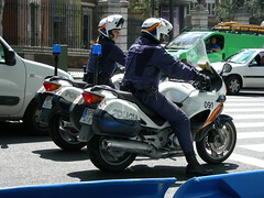 Spanish Police (So Cal Metro) Tags: madrid spain cops police motorcycle policia copcar
